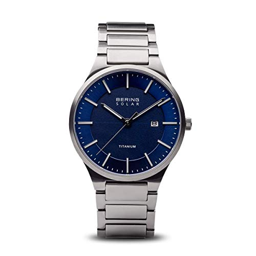 BERING Herren Analog Quarz Solar Collection Armbanduhr mit Titan Armband und Saphirglas 15239-777