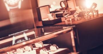 Luxusuhren-im-Schaufenster